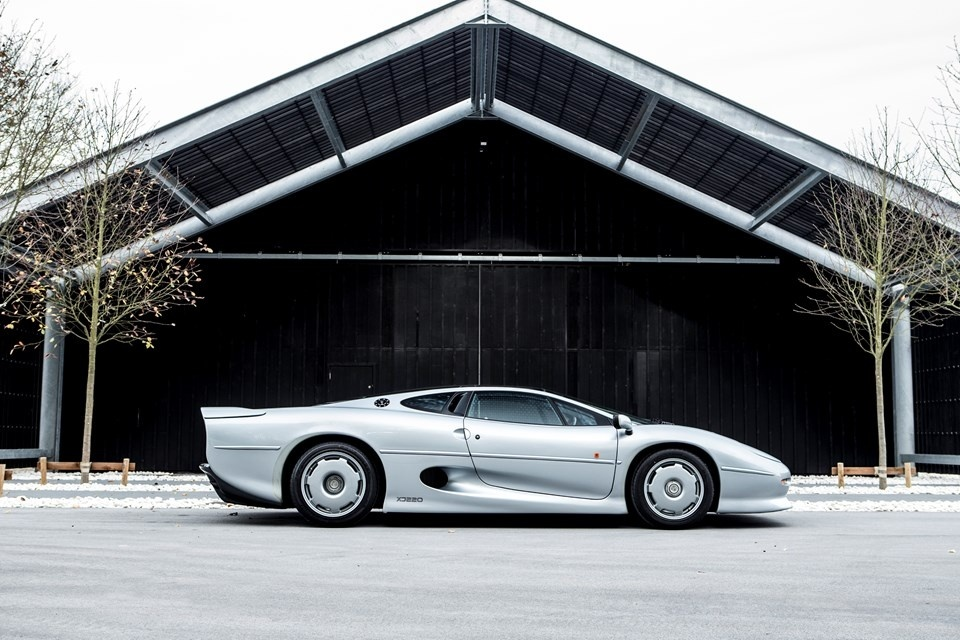 1992 jaguar xj220 for sale in the uk