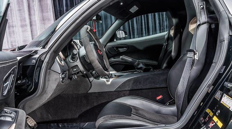 Dodge Viper ACR Voodoo II Edition Interior