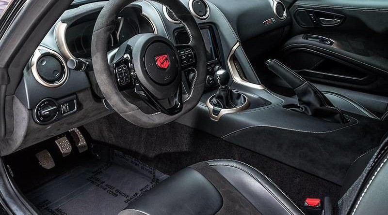 Dodge Viper ACR Voodoo II Edition Dashboard
