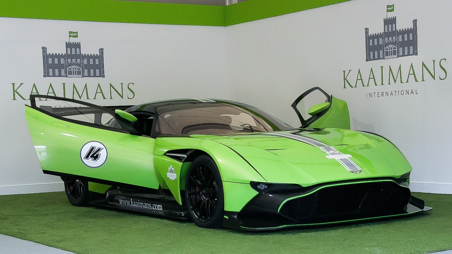 Rolls Royce Bentley >> Green Aston Martin Vulcan | Supercar Report