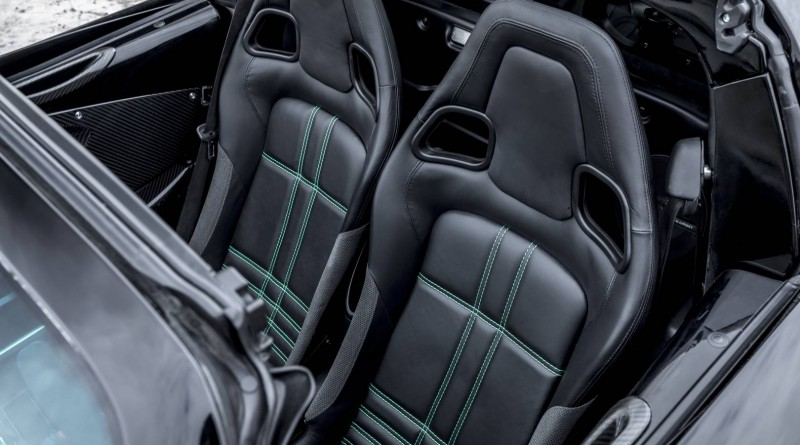 Beast Alpha X Blackbird Seats