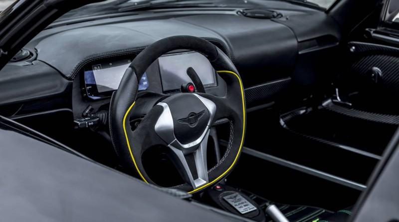 Beast Alpha X Blackbird Steering Wheel