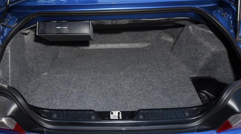 BMW M Roadster Trunk