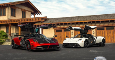 Horacio Pagani Delivers Huayra BC To Client In New York