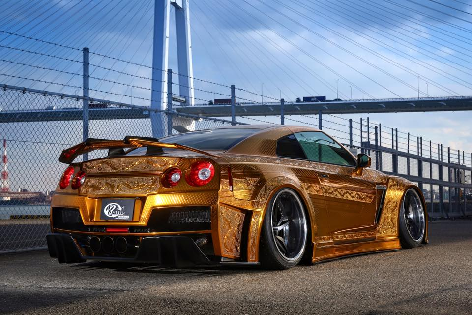 Bmw Twin Turbo V6 >> Gold Engraved Nissan GT-R by Kuhl Racing | Supercar Report