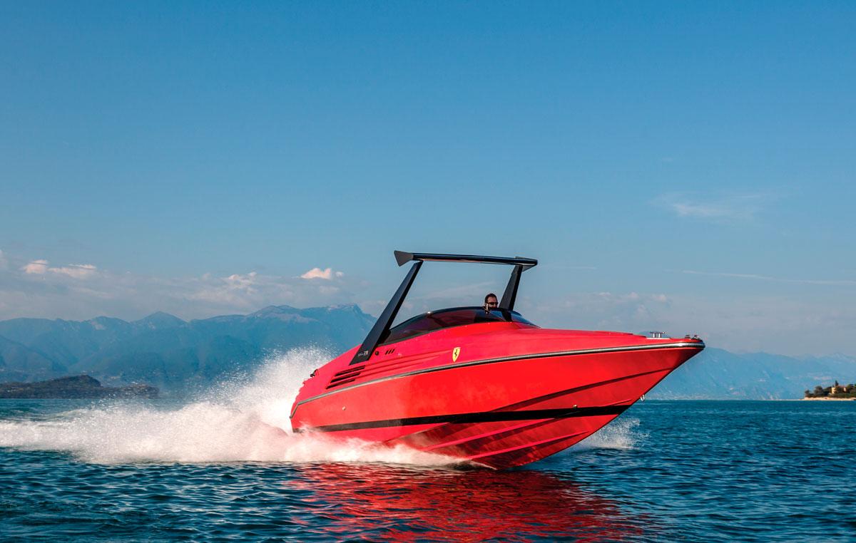 1990 Riva Ferrari 32 Speedboat