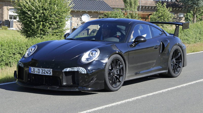 Porsche 991 GT2 Spy Shots