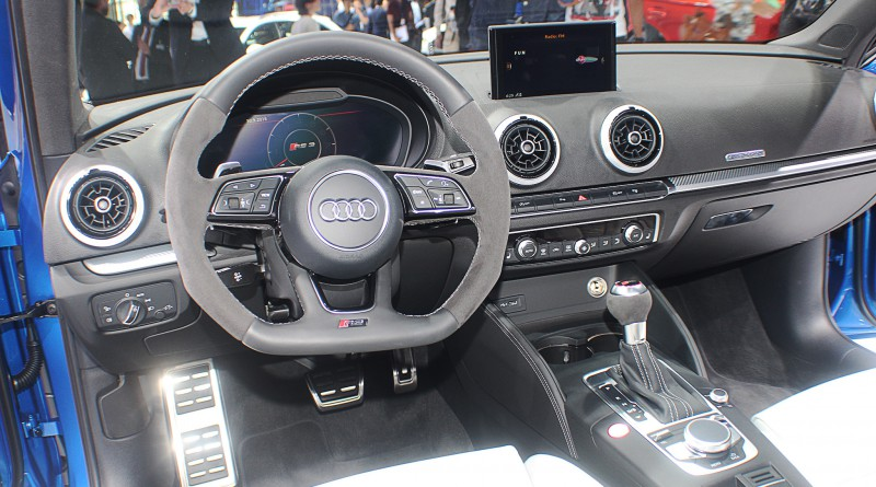 2018 Audi RS3 Dashboard