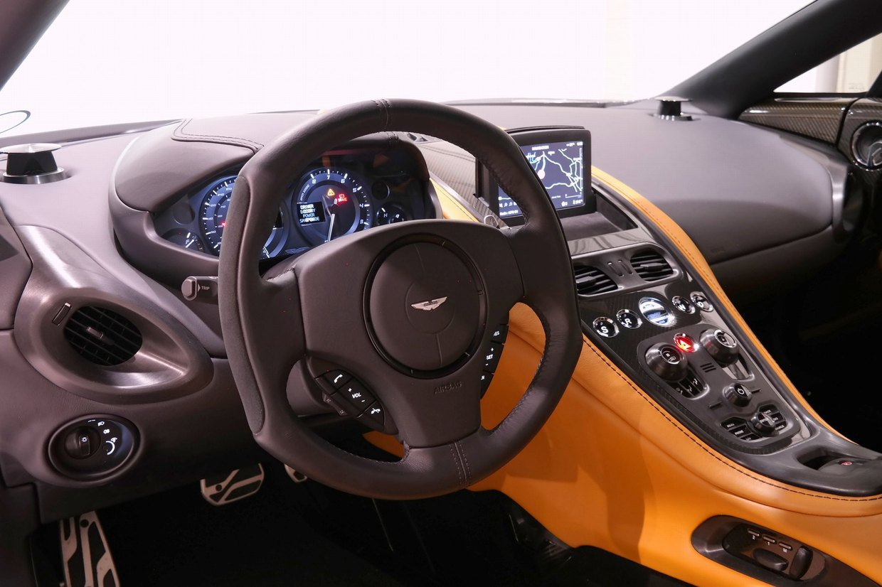 Aston Martin One 77 Interior