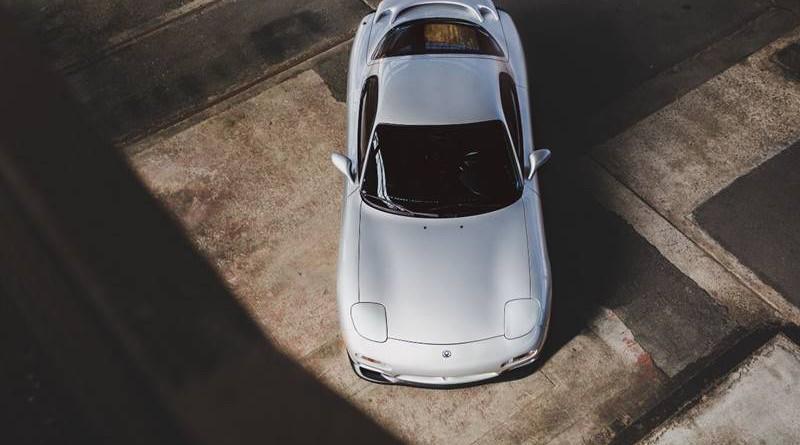 Mazda RX7 R2