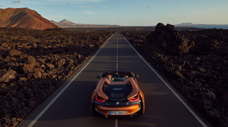 BMW i8 Roadster Preview