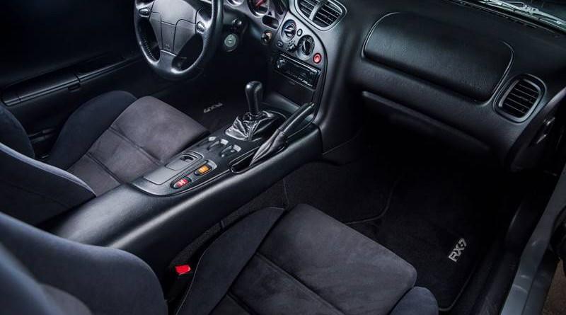 Mazda RX7 R2 Interior