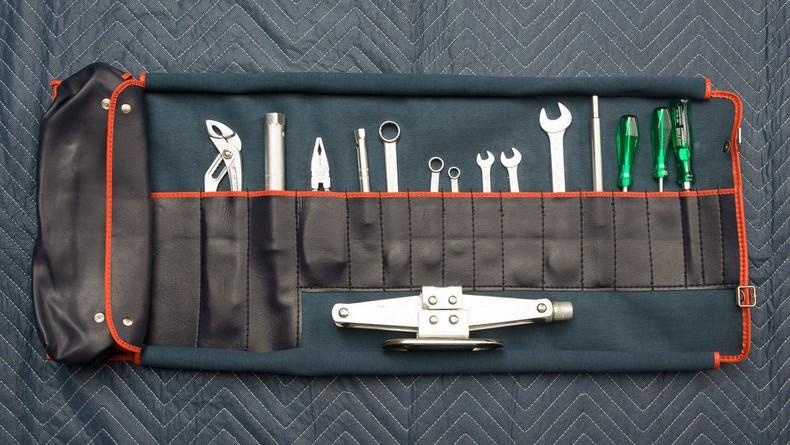 BMW M1 Tools