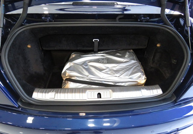Rolls Royce Dawn Trunk