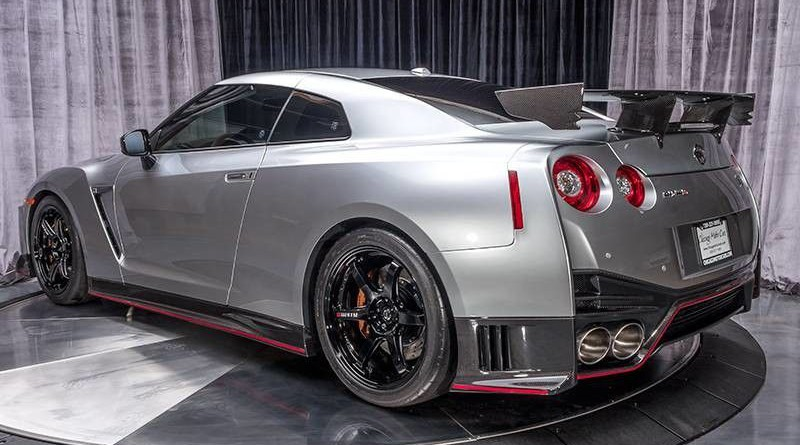Super Silver Nissan GT-R NISMO For Sale