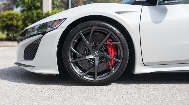 Acura NSX Tires