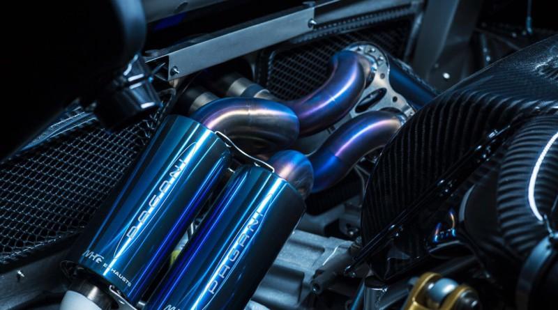 Pagani Zonda Riviera Engine