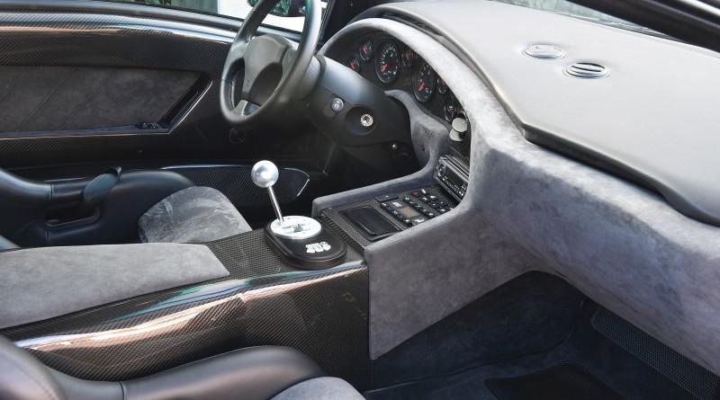 Lamborghini Diablo GT Interior