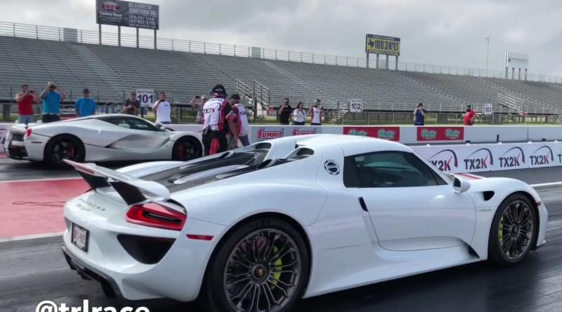 Porsche 918 vs Ferrari LaFerrari