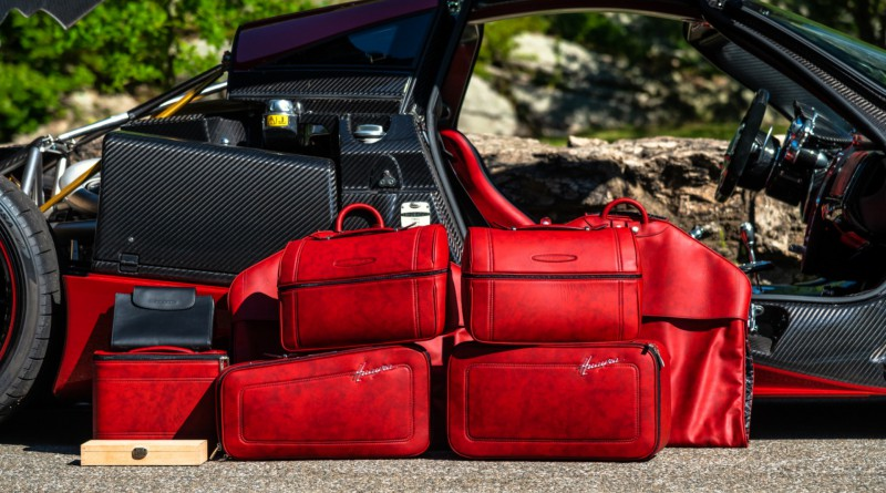 Pagani Huayra Tempesta Luggage