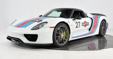 Porsche 918 Spyder Weissach Package For Sale